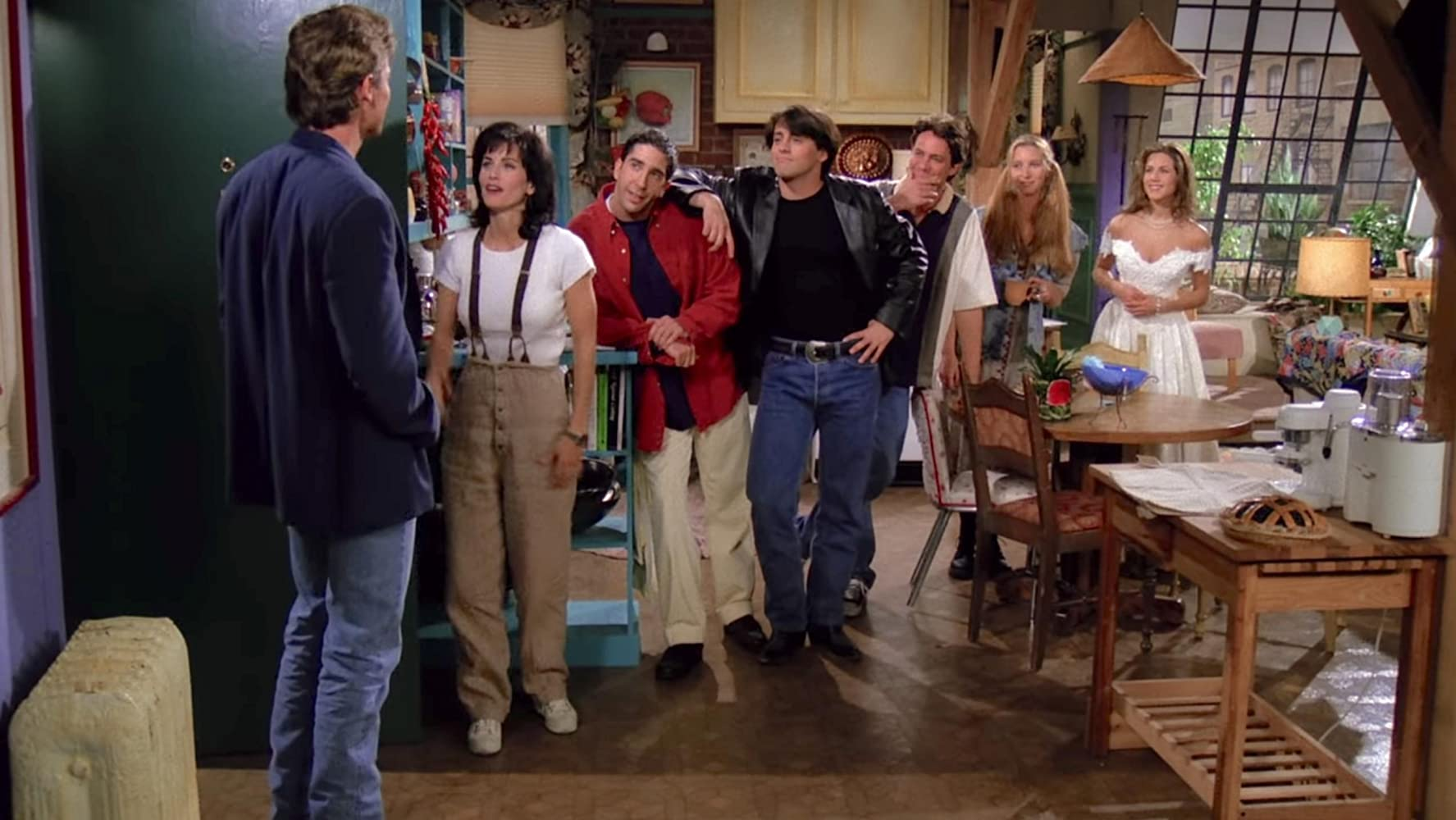 The Pilot Episode of Friends is Far from Perfect, but Full of Charm