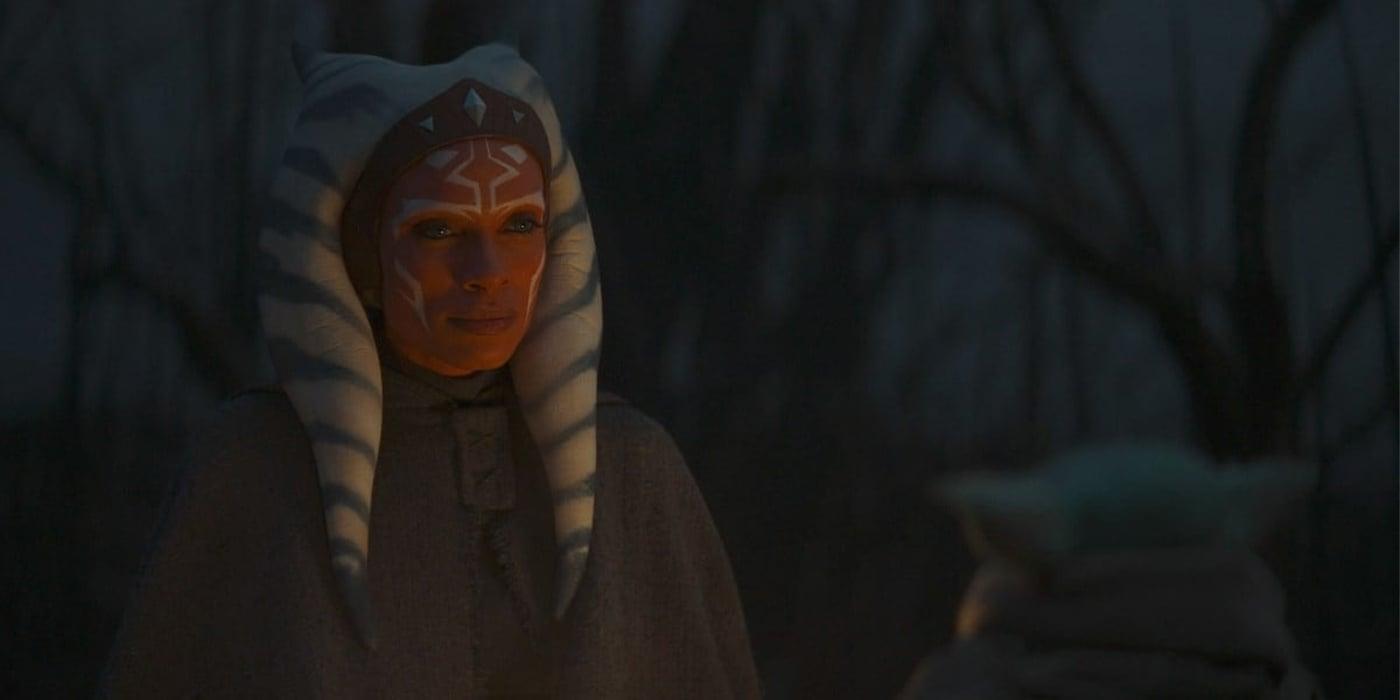 Ahsoka Tano looking pointedly at Baby Yoda