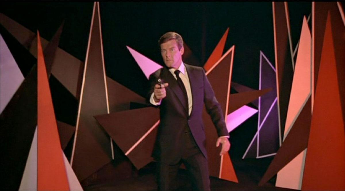 The Man With The Golden Gun James Bond review